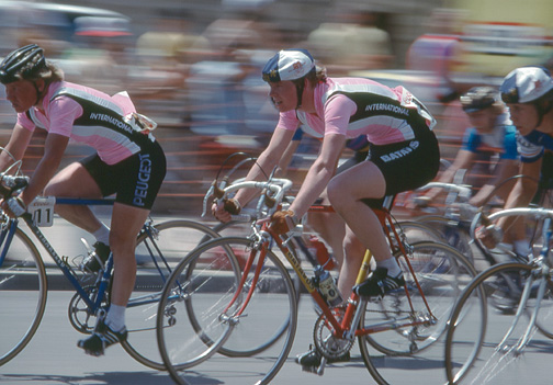 bike_racing_07_women_sh.jpg