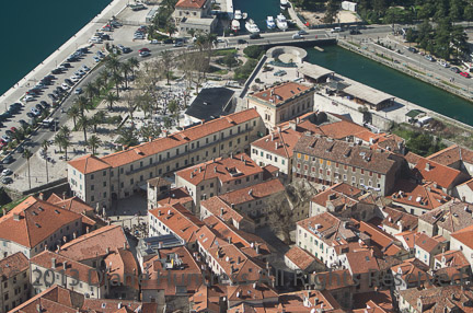 20130304_kotor_fort_walk_0032.jpg