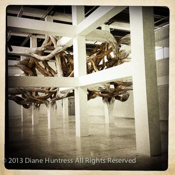 Henrique Oliveira, art, installation