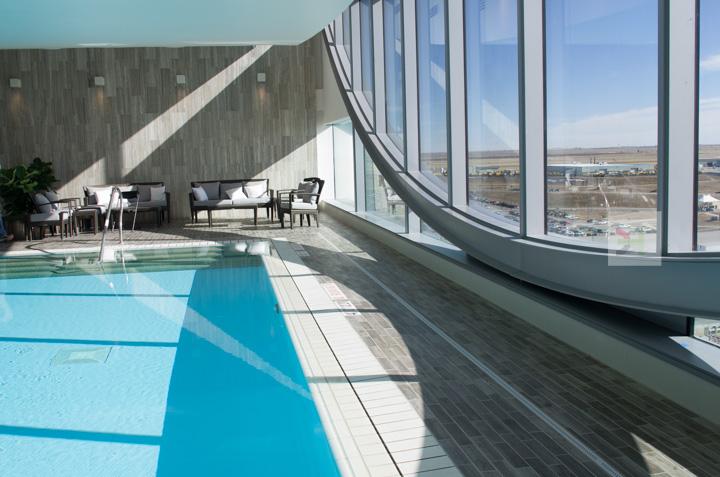 Light pool curves