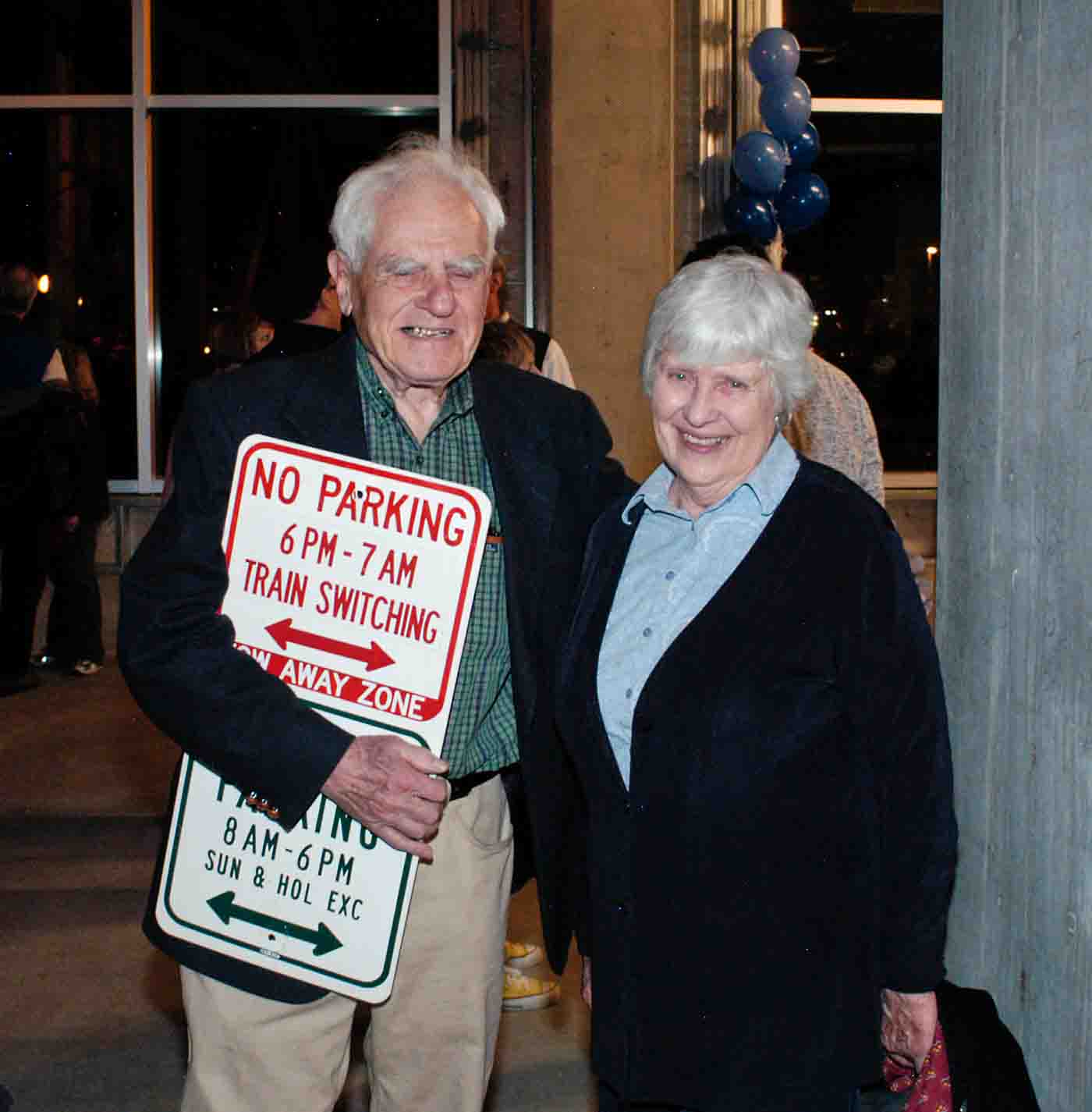 Salzman, couple, sign